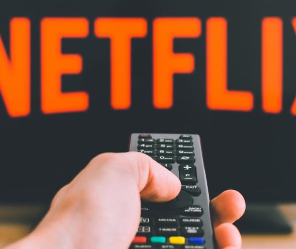 Titelbild Pflege auf Netflix