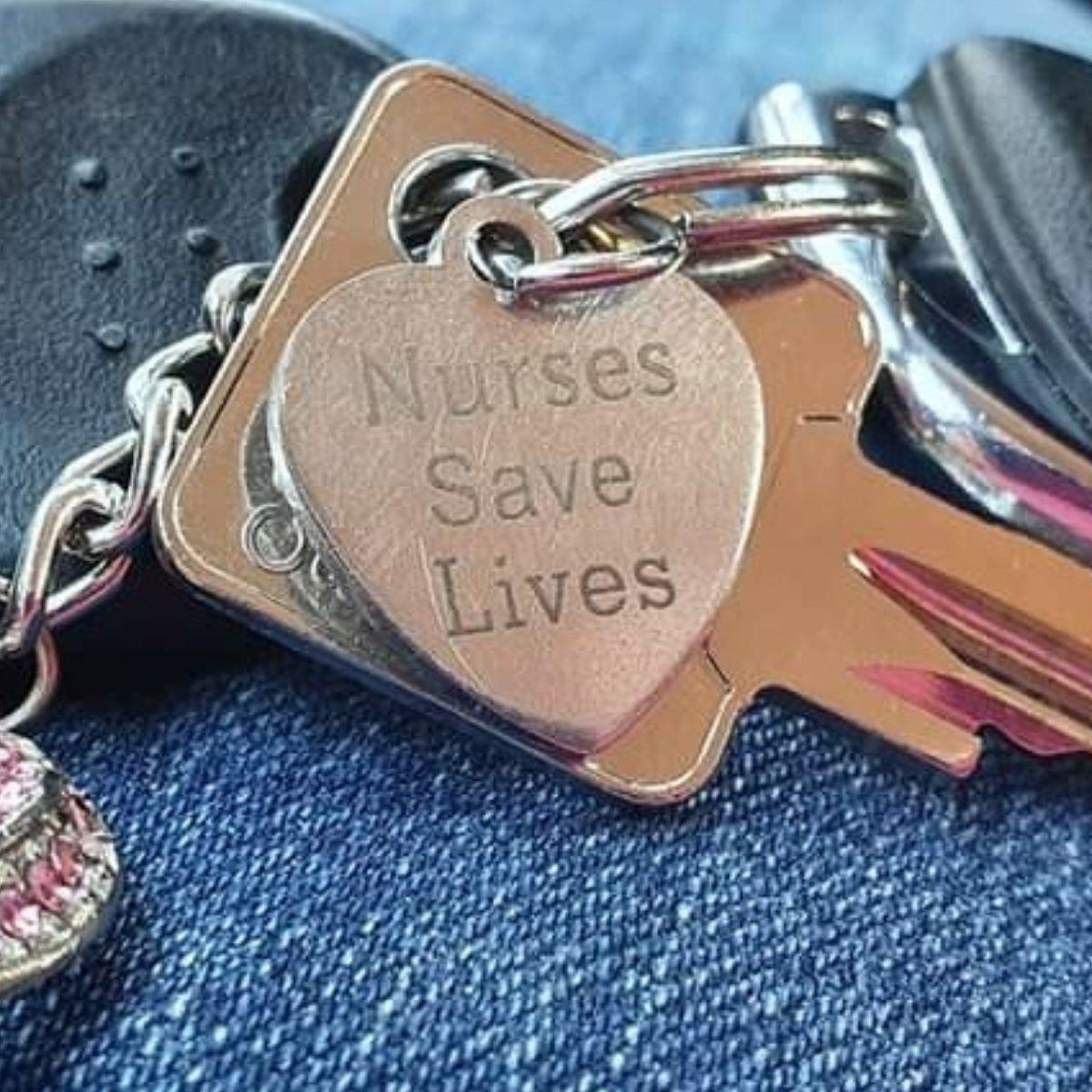 Schlüsselanhänger: Nurse Save Lives